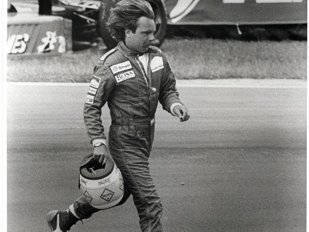 Keke Rosberg käyttäytyi omalla tyylillään, joka jäi monille mieleen.