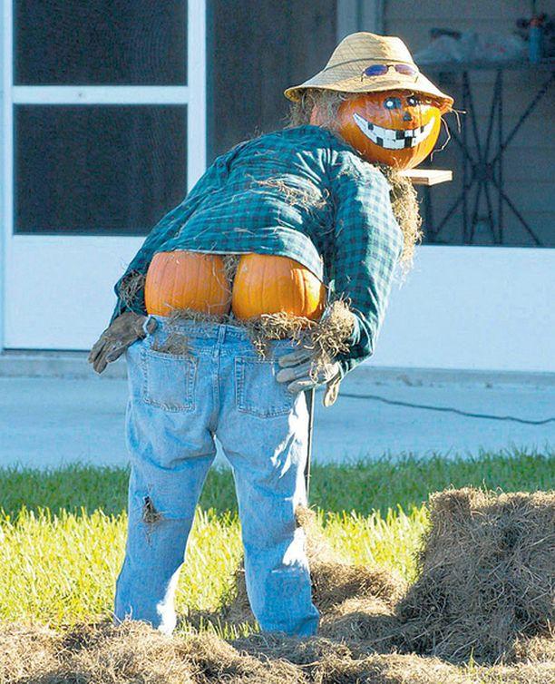 HEISSAN! Halloweenia juhlistettiin Floridassa muun muassa näin aistikkailla kurpitsa-aiheisilla variksenpelättImillä.