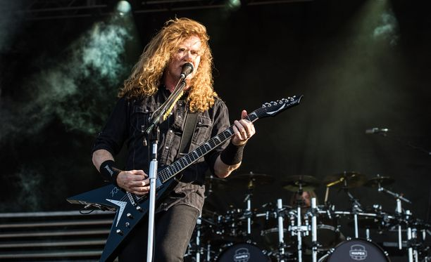 Dave Mustaine heräsi ikäviin uutisiin sunnuntaiaamuna.