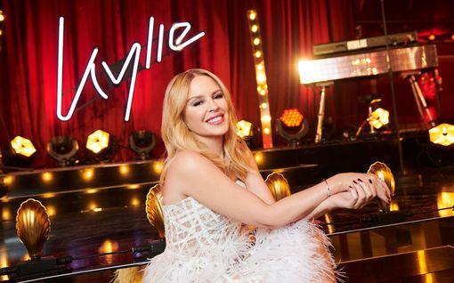 Supertähti Kylie Minogue höynäytti fanejaan – salainen spektaakkeli tänään tv:ssä