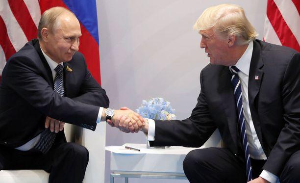 Trump ja Putin tapasivat Hampurin G20 -kokouksessa ensi kerran kahdenvälisesti.