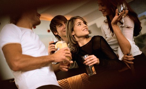 Terveen aikuisen elimistön pitäisi kestää ainakin 5 000 milligrammaa kofeiinia eli 31 tölkkiä Monsteria.