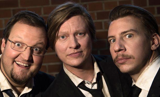 Luokkakokous-elokuvasta tuttu kolmikko Sami Hedberg, Jaajo Linnonmaa, sekä Aku Hirviniemi nähdään myös kakkososan päärooleissa.