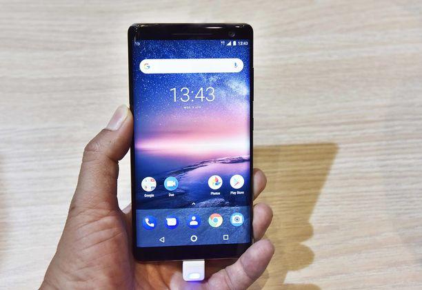 Nokian puhelinten tietoturva on ollut uutisissa viime päivinä. Kuvassa Nokian 8 Sirocco -puhelin.