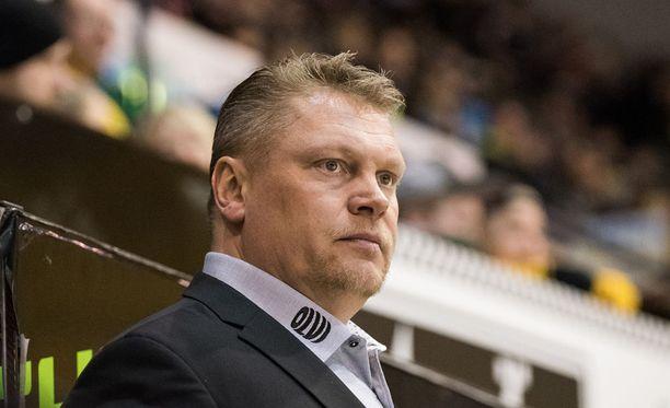 Pekka Virta on suuressa roolissa tiistai-iltana Mansessa.