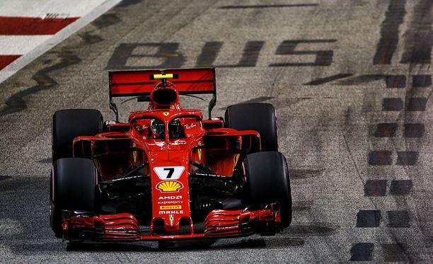 Kimi Räikkönen ei onnistunut Singaporessa edellisen osakilpailun tavoin.
