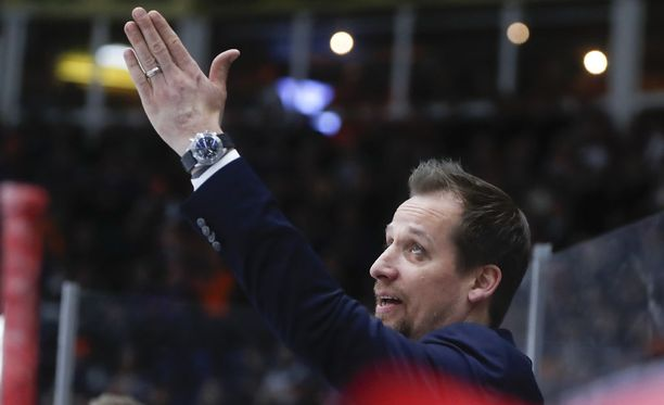 Antti Törmäsen HIFK on hävinnyt Tapparalle seitsemän kertaa perättäin.
