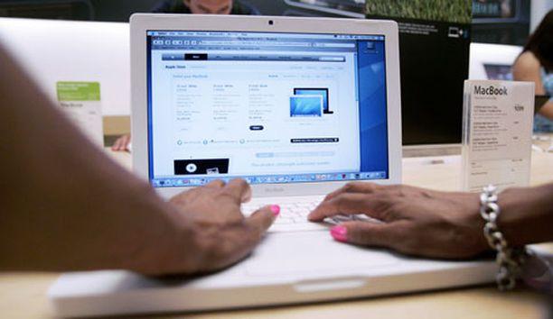 Applen kannettavien tietokoneiden myynti kasvoi kolmannella neljänneksellä 42 prosenttia.
