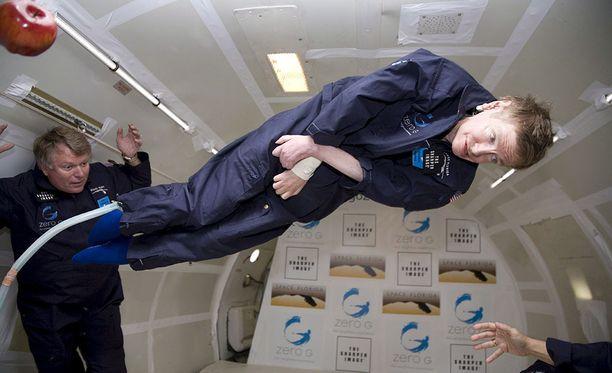 Painottomuus toi Hawkingin mukaan hänelle hetken helpotuksen pyörätuoliin sidottuun elämään.
