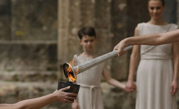 Olympiatulen sytyttämistä harjoiteltiin eilen Heran temppelissä.