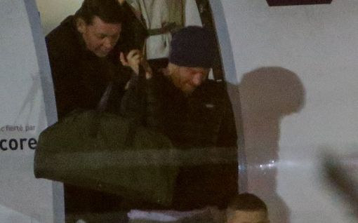 Prinssi Harry saapui Vancouveriin – matkusti pipossa ja toppatakissa kuin kuka tahansa turisti