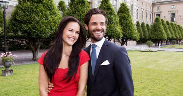 Sofia Hellqvist ja prinssi Carl-Philip vihitään ensi kuussa.