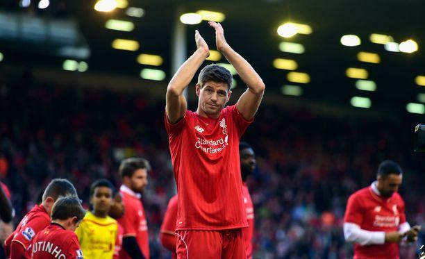 Steven Gerrard pelasi mittavan uran Liverpoolin keskikentällä.