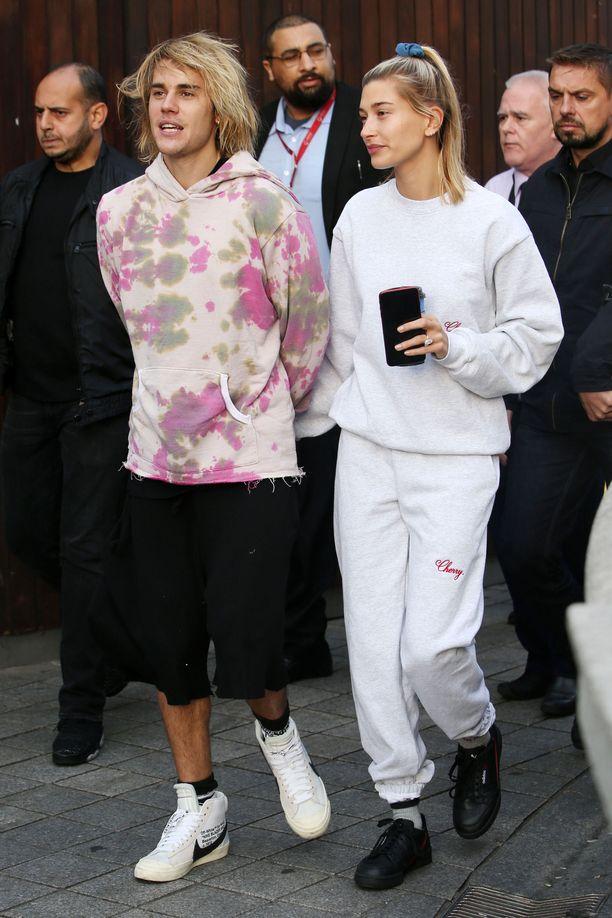 Justin Bieber ja Hailey Baldwin ovat tunteneet toisensa vuodesta 2009, ja lopulta kaveruus syventyi rakkaudeksi.