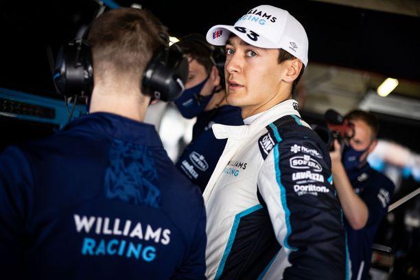 Onko tässä ensi kauden Mercedes-kuljettaja?