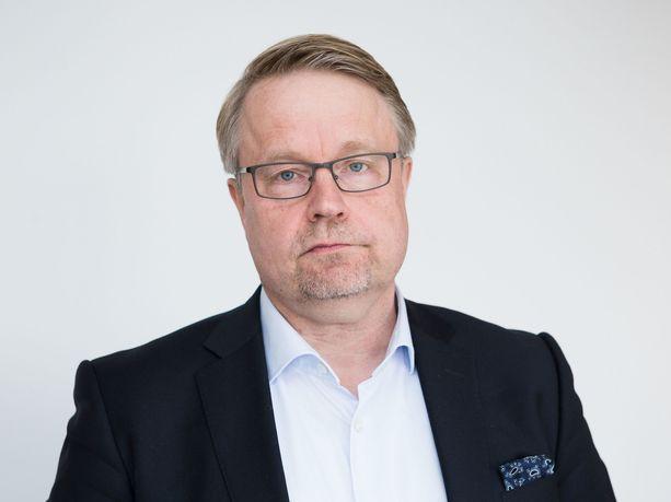 Matti Apunen valittiin Ylen hallituksen puheenjohtajaksi.