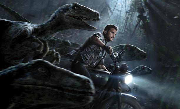 Jo aiemmin tässä kuussa on nähty kolme Jurassic Park -elokuvaa. Nyt on neljännen osan vuoro.