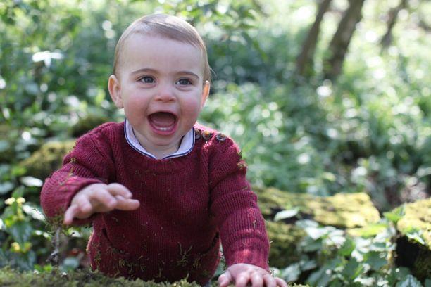 Prinssi Louis muistuttaa paljon isäänsä, prinssi Williamia.