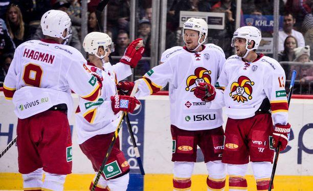 Jokerit johtaa KHL:n läntistä konferenssia kymmenellä pisteellä.