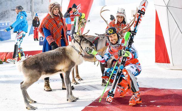 Viime kaudella Levillä voittoa juhlinut Itävallan Marcel Hirscher nimesi voittoporonsa Leoksi.