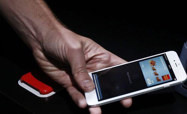 Uudete iPhonet esiteltiin eilen Yhdysvalloissa.