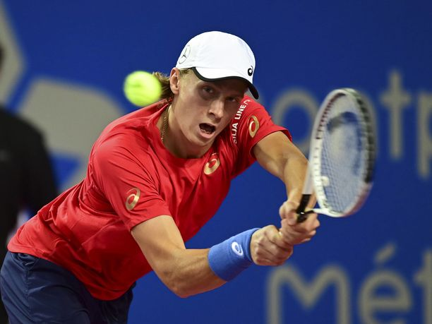 Emil Ruusuvuoren turnaus päättyi Ranskassa toiselle kierrokselle.