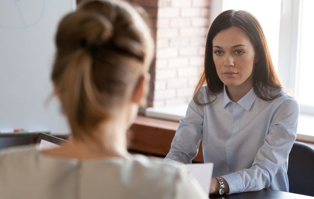 Joskus alaisten ja työntekijöiden välit voivat olla niin tulehtuneet, että ne johtavat irtisanoutumiseen.