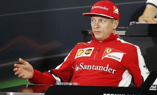 Kimi Räikkönen puhui keskiviikkona lehdistötilaisuudessa,