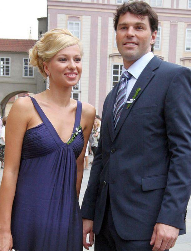 Inna Puhajkova oli aikoinaan Jaromir Jagrin tyttöystävä.