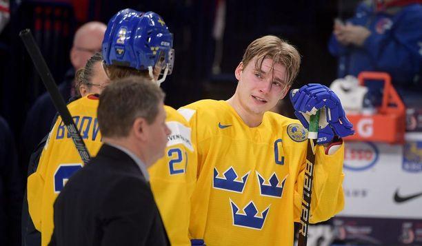 Lias Andersson käyttäytyi epäkunnioittavasti nuorten MM-finaalin jälkeen ja sai pelikieltoa.