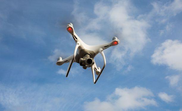 Lennokkeja käytetään muun muassa vakoiluun ja salakuvaukseen. Kuvituskuva.