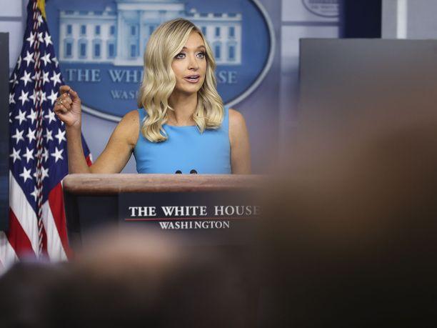 Valkoisen talon lehdistösihteeri Kayleigh McEnany.