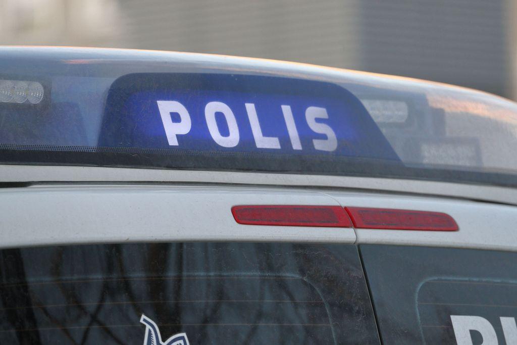 Mies ajoi rattikelkalla 6-vuotiaan tytön päälle pulkkamäessä Seinäjoella, lapsi joutui sairaalaan - poliisi etsii miestä
