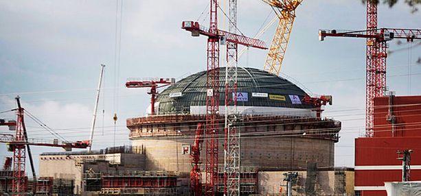 MURHEENKRYYNI Uuden reaktorin piti alunperin olla valmis jo tänä vuonna.