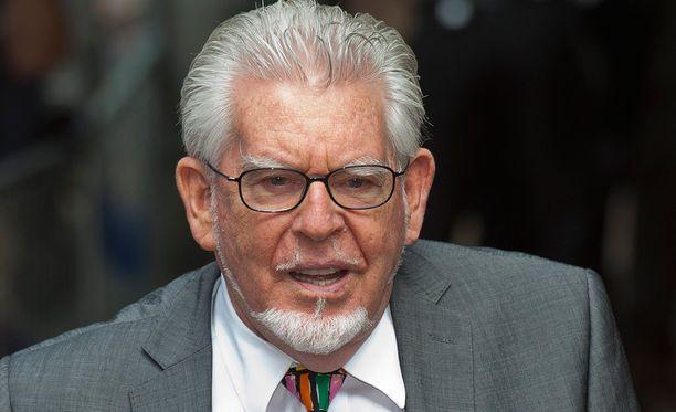 Rolf Harrisia syytetään jälleen lasten ja naisten hyväksikäytöstä.