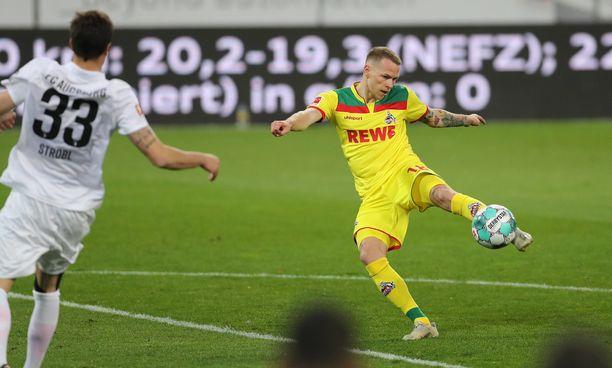 Ondrej Duda iski kaksi maalia Augsburgin verkkoon.