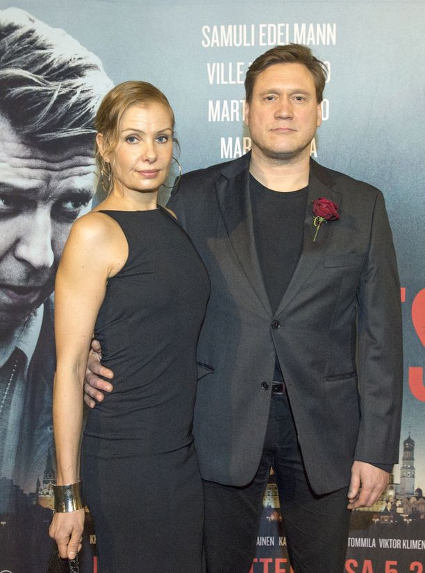 Samuli Edelmann ja Laura Tuomarila vuonna 2016.