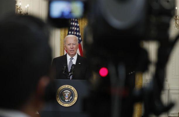 Joe Biden rikkoi pitkään kestäneen hiljaisuuden Israelin ja palestiinalaisten väliseen konfliktiin liittyen.