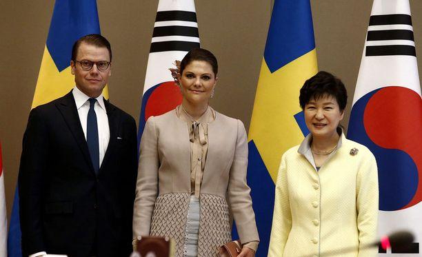 Kruununprinsessa Victoria ja prinssi Daniel tapasivat tänään Etelä-Korean presidentti Park Geun-Hyen.