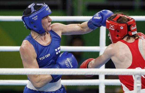 Mira Potkonen kärsi kirvelevän tappion MM-kehässä.