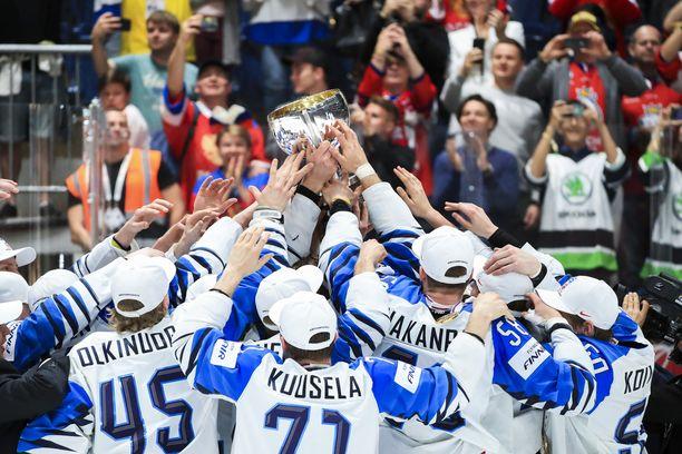 Suomi voitti sunnuntaina Bratislavassa jääkiekon maailmanmestaruuden.