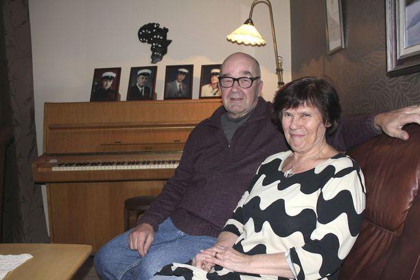 Raine ja Tuulikki Savola ovat olleet avioliitossa 46 vuotta.
