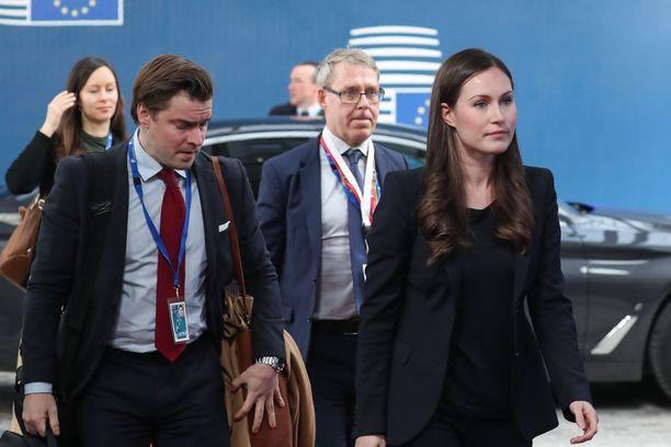 Sanna Marin (sd) saapui ensimmäiseen EU-huippukokoukseensa pääministerinä torstaina.