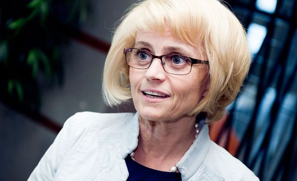 Päivi Räsänen aikoo jatkaa puheenjohtajana.