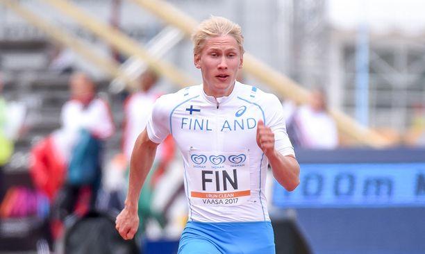 Samuli Samuelsson pinkoo tänään EM-välierässä.