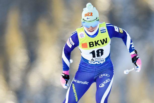 Krista Pärmäkoski viihtyy Davosissa.