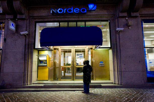 Nordea aloittaa henkilökohtaiset yt-neuvottelut enintään 112 henkilön kanssa, ja heille pyritään mahdollisuuksien mukaan löytämään pankin sisältä uusia tehtäviä.