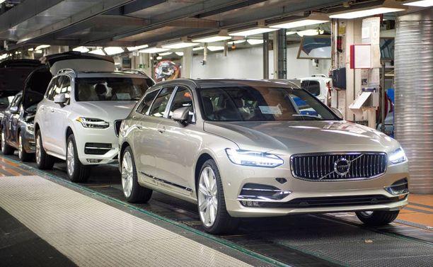 Suosikki-Volvo V90:sen valmistus pysyy Göteborgin tuotantolinjalla. Kiinaan siirtyy vain S90-sedan.