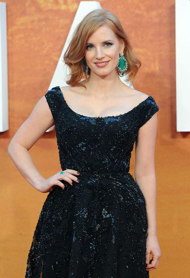 Näyttelijä Jessica Chastainin punertavat hiukset herättävät ihastusta.