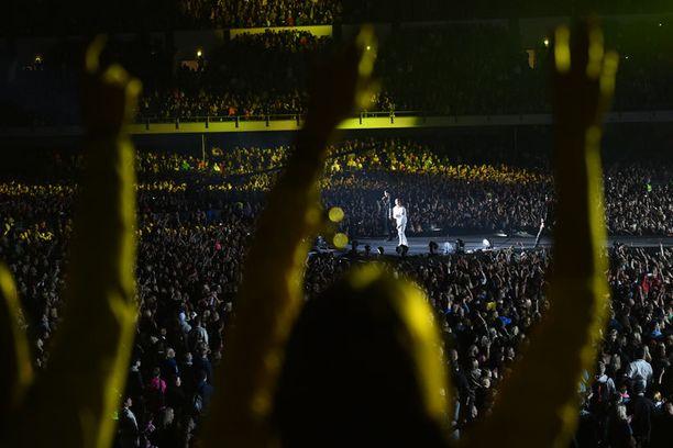 Cheekin suurkonsertti Helsingin Olympiastadionilla.